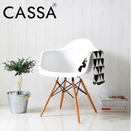 Cassa Eames Style Armchair White/Black Seat with Natural Wood Legs Lounge Arms Chairs